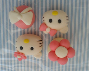 docinhos-modelados-hello-kitty-doce-hello-kitty