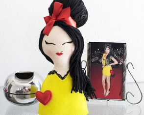Boneca Amy Winehouse