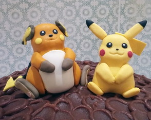 Bolo de chocolate do pokemon