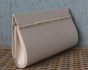Clutch Off White com Strass
