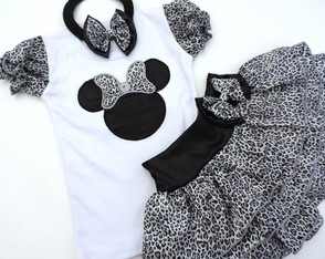 Conjunto Minnie Safari Onça Prata!!