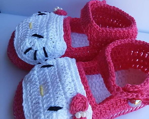 sandalia-de-croche-hello-kitty-pink-hello-kitty