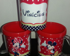 Canecas Minnie e Mickey