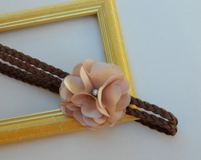Head Band Trançada Flor Nude