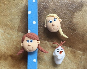 Prendedor decorado Frozen