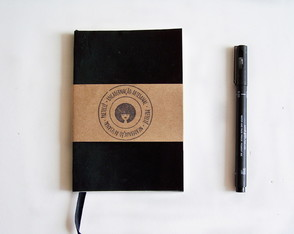 Caderno Pequeno Artesanal Preto - Bullet Journal