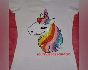 CAMISA BORDADA UNICÓRNIO