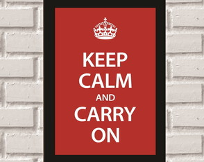 Poster com Moldura Keep Calm Carry On