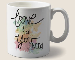 Caneca Love is all you need