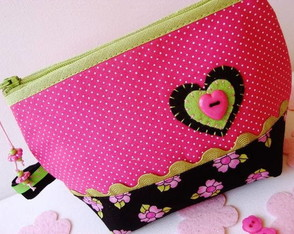 mini-necessarie-pink-green