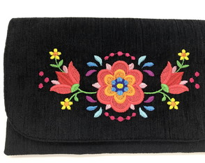 Clutch com Bordado Floral LJ2