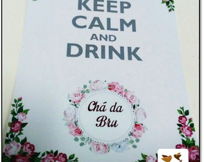 Plaquinha Keep Calm and Drink