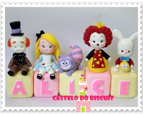 Cubo decorado Alice