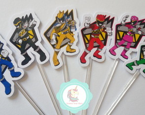 30 Toppers Power Rangers Dino Charge