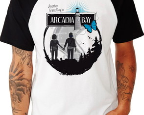 Camiseta Raglan -Life Is Strange - Arcadia Bay