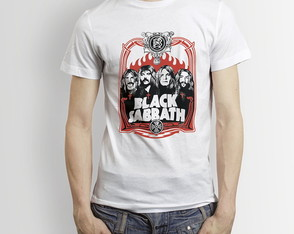 Camisa Black Sabbath Red