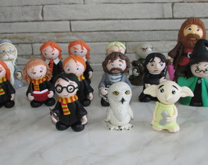 Kit Harry Potter - 15 personagens em biscuit + Brinde SURPR