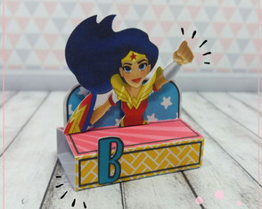 Porta Chocolate Duplo DC Super Hero Girls