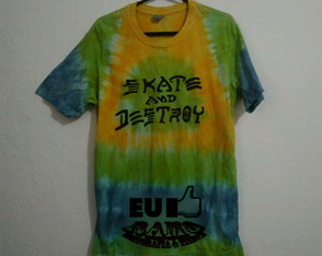 Camiseta tie dye skate and destroy Brasil