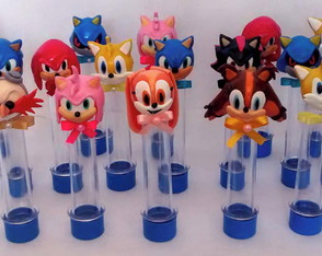 Tubetes sonic e turma em biscuit
