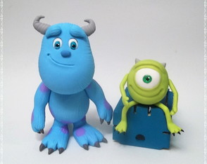 Sully e Mike Monstros s/a