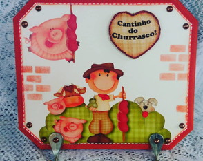 PLACA DE CHAVES /ESPETOS!! 23 X 21