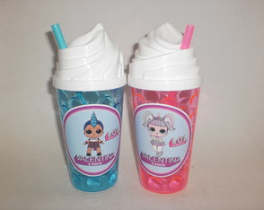 Copo Chantilly Canudo de 500ml Boneca L.O.L. Surprisa