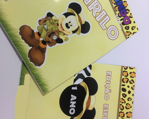 Livrinho de Colorir Mickey Safari