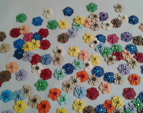 130 mini flores coloridas - Pronta entrega!