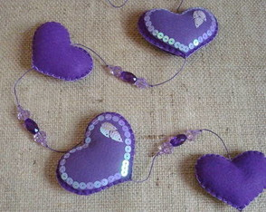 love-is-in-the-air-mobile-roxo