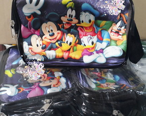 Necessaire Turma do Mickey