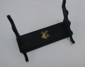 Expositor de mesa para 3 Varinhas Harry Potter.