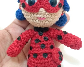 Mini Lady Bug Amigurumi