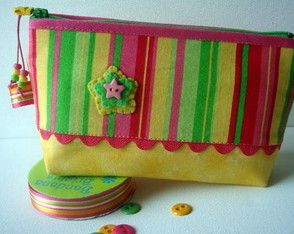 necessarie-star-pink-green-yellow-p