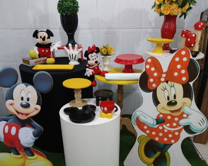 Aluguel Mini Table Mickey e Minnie