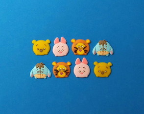 Mini aplique Turma do Pooh Tsum Tsum em biscuit