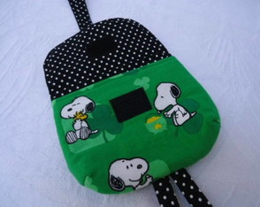 case-para-camera-snoopy