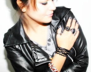 pulseira-glam-rock-black-golden