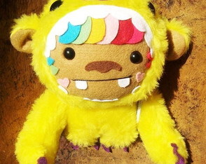 toy-rainbow-bear