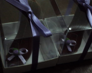 sapatinhos-de-chocolate-com-decoracao