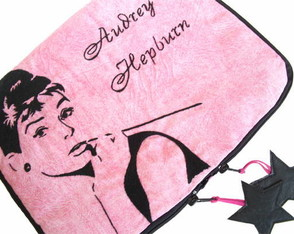 case-notebook-14-audrey-hepburn