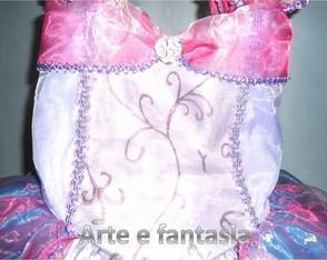 fantasia-barbie-castelo-de-diamante