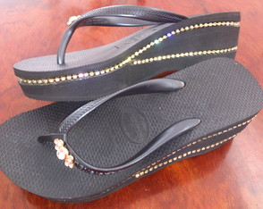 Havaiana High strass duplo e piercing