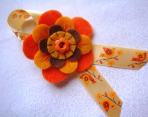 broche-yellow-orange