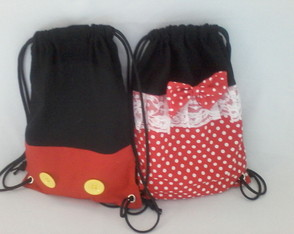 mochila minnie e mickey rosa ( 35 x 25 )