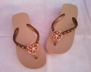 chinelo-havaiana-high-dourado