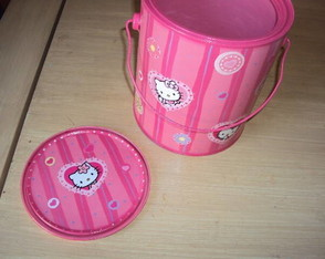 baldinho-lixeira-hello-kitty