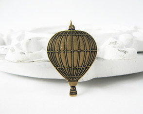 Colar Hot Air Ballon - gde