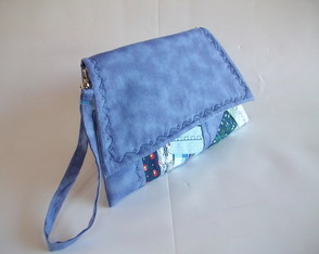 Clutch Retrô Laura Azul