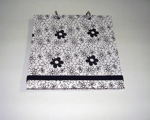 mini-album-floral-preto-e-branco